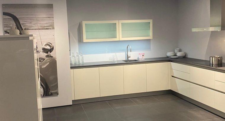 Keuken Optima Saffier Lavazwart de Warehouse
