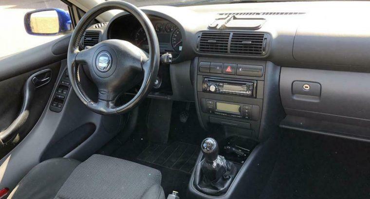 Seat Toledo 1.6 77KW 2001 Blauw