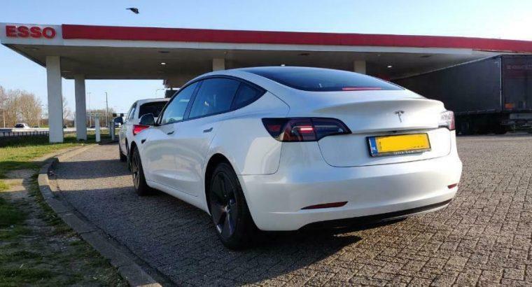 Regio Limburg, Tesla Model 3 huren