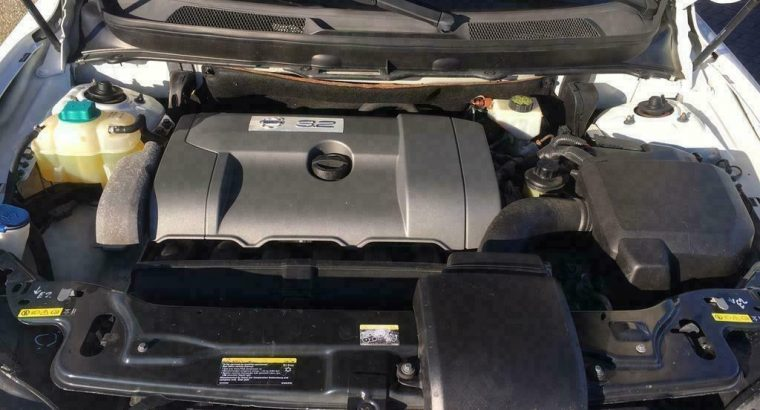 Volvo xc90 wit 7 persoons auto 3.2l nu 8950 eu