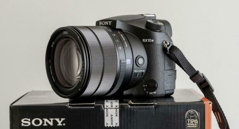 Sony RX10 Mark 4 compactcamera