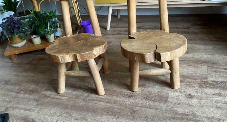 2 Natuur houten kinderstoelen