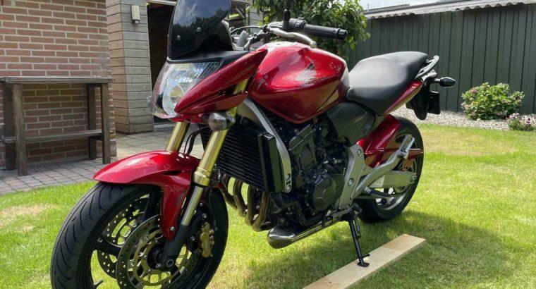 Honda CB 600 F Hornet | Z.G.A.N. | Orig. NL | ABS | 10.056km