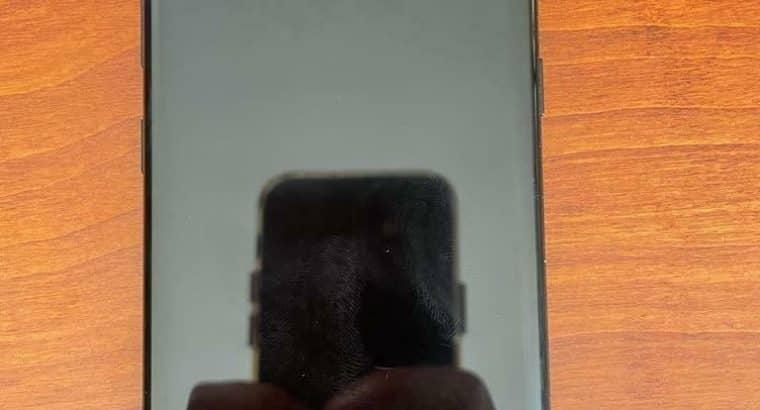 Samsung galaxy s8 (64GB) (incl hoes met nieuwe lader)