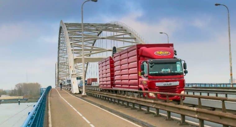 Chauffeur vrachtwagen CE / Koerier BE gezocht!