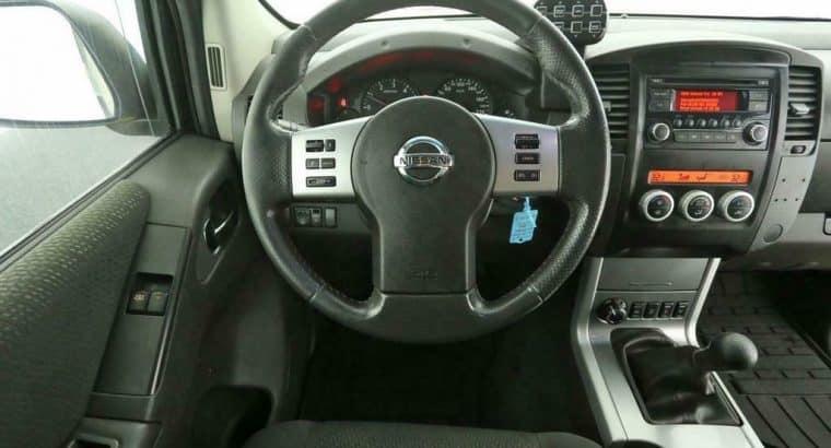 Nissan Navara 2.5 dCi SE King Cab 4X4 191PK Airco Cruise