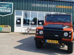 Land Rover Defender 2.2 110 Adventure Limited Edition Eerste