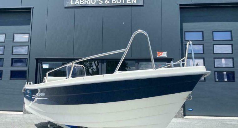 Searider 450 Splash consoleboot / 15 pk Yamaha / Nieuw / Dir