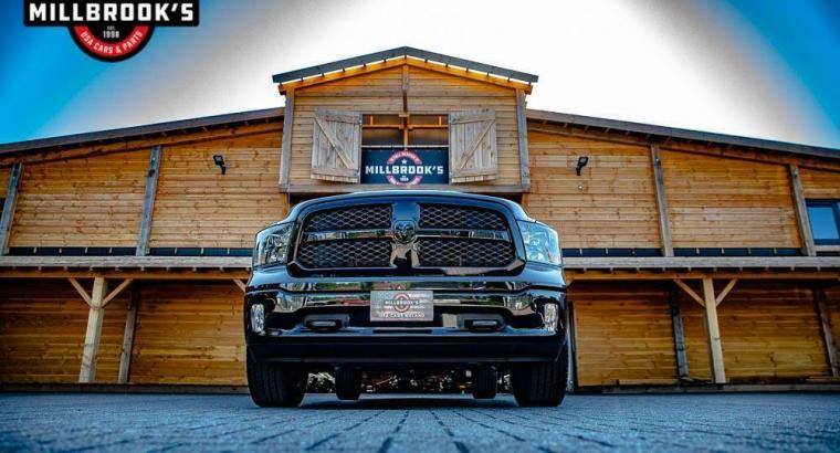 Dodge Ram 1500 5.7 V8 Crew Cab 5'7 NIEUW prijs compleet met